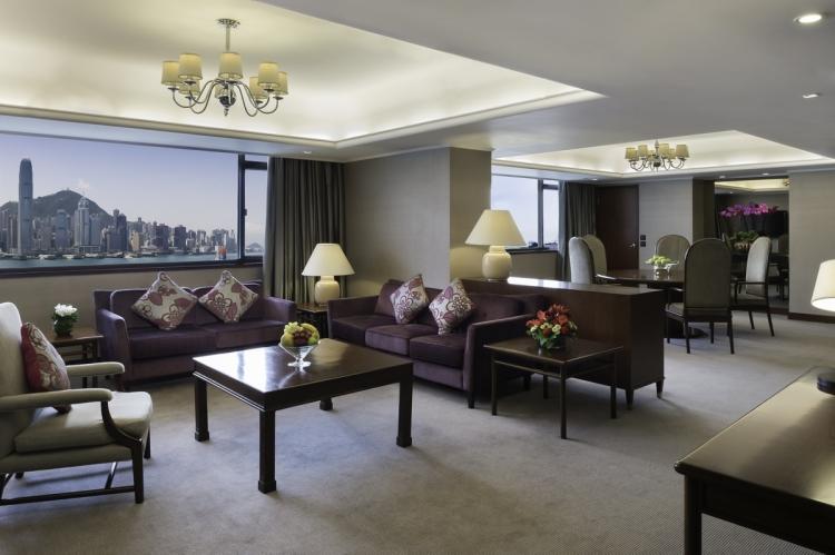 馬哥孛羅套房是馬哥孛羅香港酒店內面積最大的客房,可眺望壯麗的維多利亞港海景