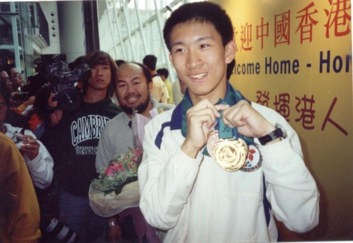 男子100米及200米傷殘人士世界紀錄保持者蘇樺偉,就是香港紅十字會的特殊學校校友。
