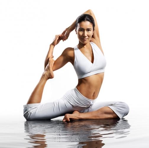 Almen期望能糾正大眾認為瑜伽很難、很柔或只適合女性等誤解。