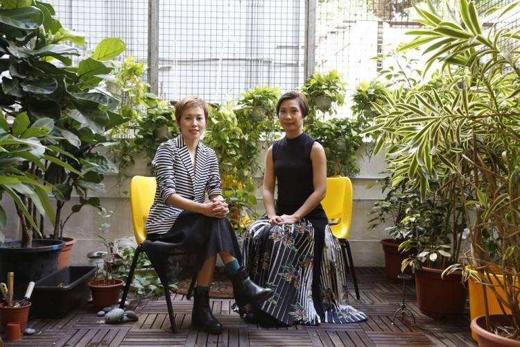 (左)註冊催眠治療師Sharon Chow (右)註冊催眠治療師Emmy Wong。她們希望透過催眠治療建立都市人健康、正面的心理,減少壓力。
