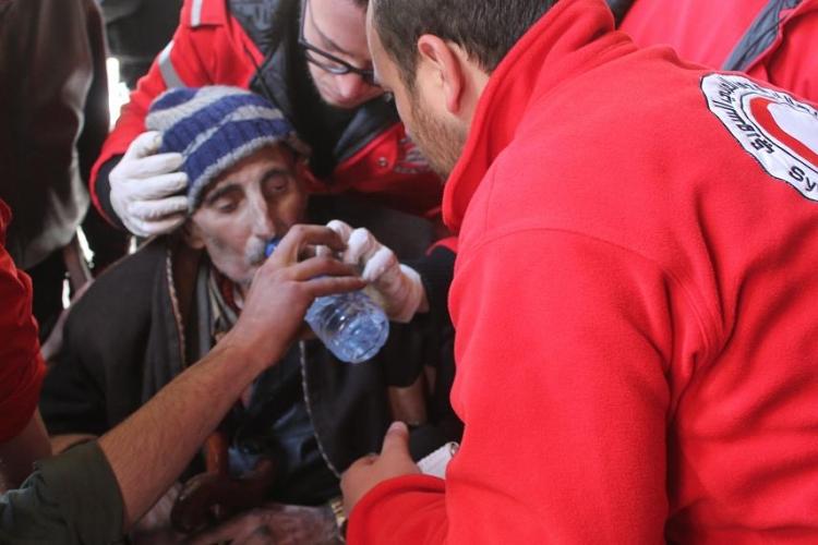 紅十字會及紅新月會是現時唯一一個能在敘利亞全國大部分地區(包括政府及反政府人士控制的區域)工作的人道組織
