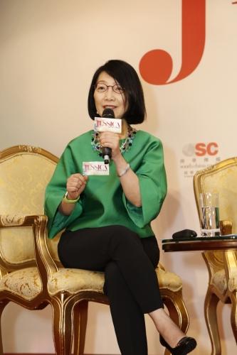 Junior Achievement亞太區總裁Vivian Lau擔任論壇主持