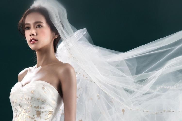 「結婚是一件開心的事 ,新娘只要保持開心  ,樣子自然會漂亮。」
