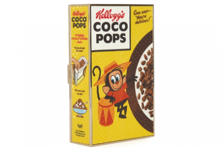 Anya Hindmarch Imperial Coco Pops 印圖蛇皮盒形 clutch $13,200