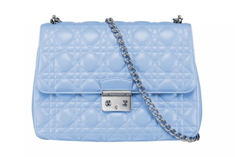 DIOR Miss Dior 粉蘭色 Cannage 羊皮夾層襯手袋 $22,000