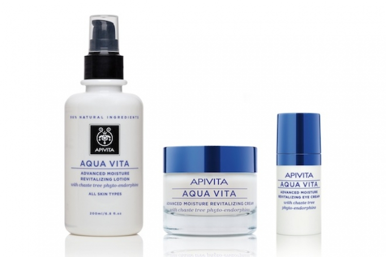 高效補濕修護露、高效補濕面霜及高效補濕眼霜。