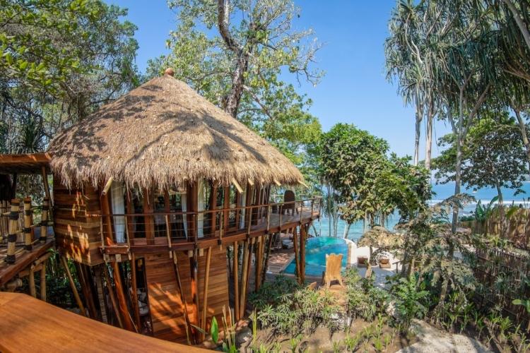 Mamole Tree House房價由每晚每房6,000美元起,以雙人入住及最少3晚住宿計算,價格已包括全日膳食、非酒精飲料及WiFi收費。