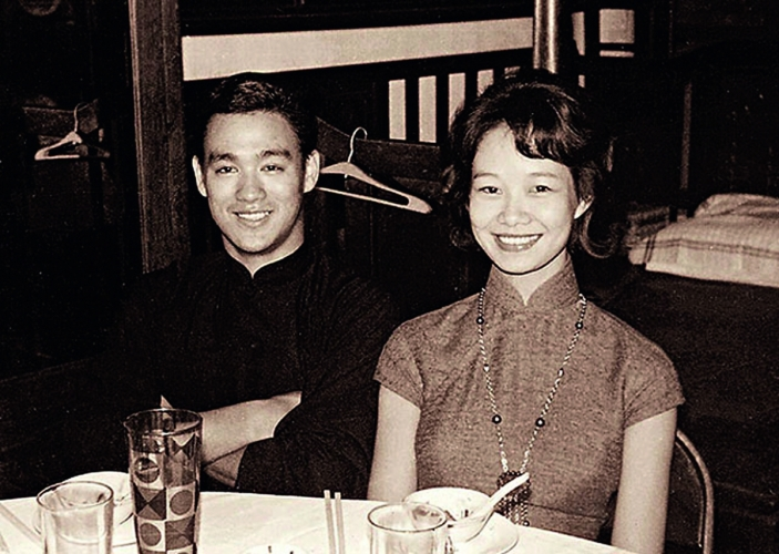 林燕妮前夫是李小龍胞兄李忠琛,小龍和林燕妮不時相聚飯局。
