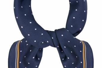 深藍色波點scarf HK$210(Accessorize)