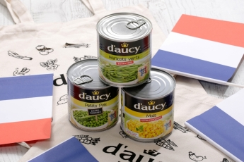 法國食品品牌D'aucy備受波爾多人追捧,品牌的罐裝蔬菜及即食便餐,如「青豆」丶「特嫩青豆」及「特級粟米粒」,更是當地人的週末至愛。
