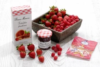 法國歷史悠久的阿爾蒂拉克(Altillac)地區,引入地道糖果品牌Pierrot Gourmand的「French Monument鐵塔橡皮糖」,以天然成分製作。另有Bonne Maman的「草莓醬」及「红桑梅果醬餅乾」。