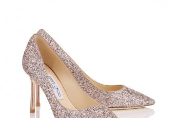 Romy鞋跟有三種高度,當然揀最高的Romy10款,女王就是要給看見!