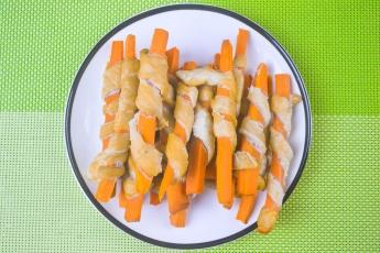紅蘿蔔雞肉條
