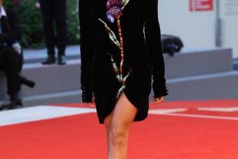 性格可人Stella Egitto in Gucci