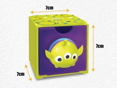 百變組合box以塑膠製造,尺寸約7cm x 7cm x 7cm (不包括公仔部份),適合放置小型文具、飾物及玩具。