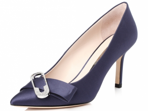 尖頭深藍色銀扣高跟鞋 HK$1,690