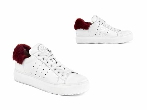 白色配紅色色毛毛波鞋 HK$1,499(STACCATO)