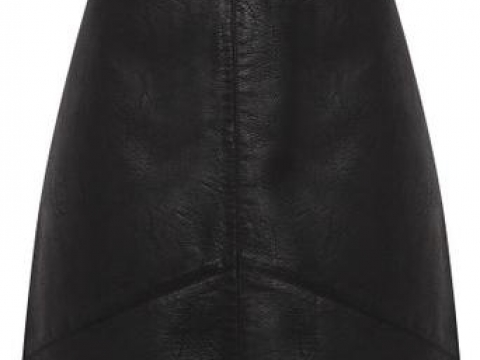 Black Leather Look Mini Skirt HK$340 (Dorothy Perkins)