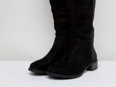 Flat Over The Knee Boots HK$427 (Boohoo)