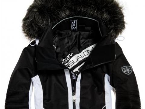 Slaiom Ski Jacket HK$3,080 ( Superdry )