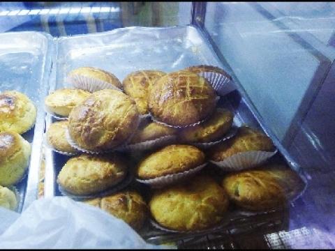 各款批、麵包日日新鮮熱辣。