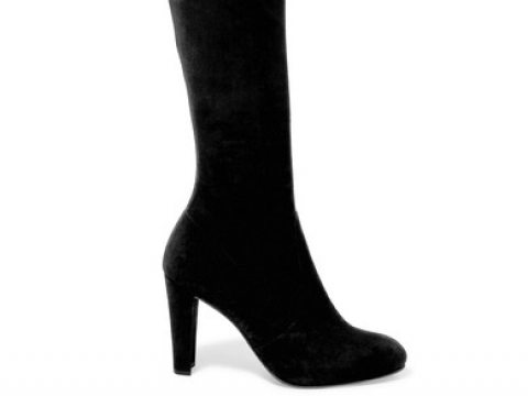 Highland stretch-suede over-the-knee boots HK$6,053 (STUART WEITZMAN)