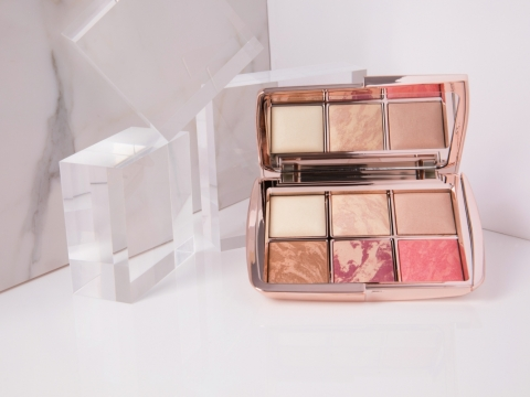 Hourglass Ambient Lighting Edit 打亮修容粉餅盤  HK$990