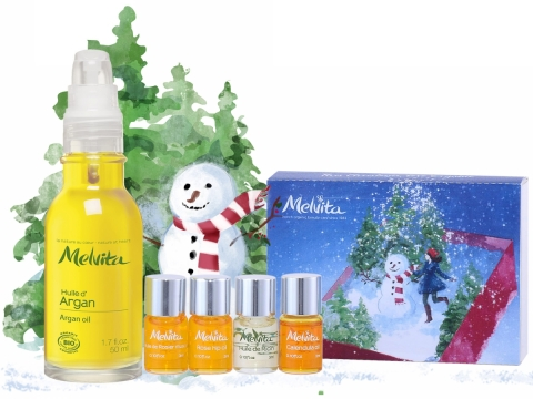 Melvita Beauty Oil Treatment Set包括有機堅果油50ml、玫瑰果油3ml x 2、金盞花油3ml、萞麻油3ml。$247