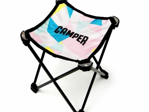 CAMPER更特別設計摺疊椅,由11月17日起凡於CAMPER專門店消費滿$3,500,即可免費獲取戶外摺疊椅一張,睇show必備呀!
