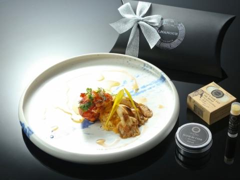 煎龍蝦配海膽汁西班牙飯及辣醬燒蠔菇