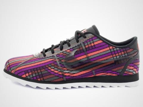 Nike 彩色波鞋 原價HK$799 折實價HK$319