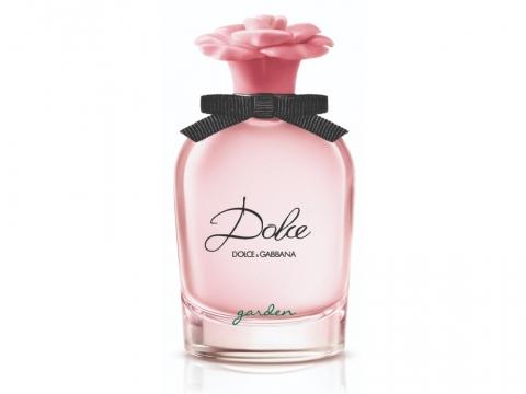 Dolce&Gabbana Dolce Garden Eau de Parfum糅合柑橘、奶油、雞蛋花的甜美花香,加上淡雅的木蘭花、椰子精油、香草原精及檀香木香,香氣特別。HK$760/50ml (將於4月1日推出)