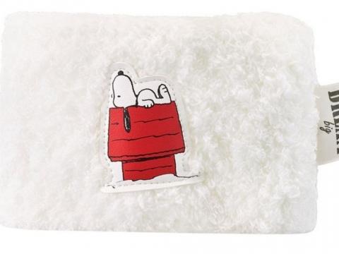 Innisfree x Snoopy限定版化妝袋