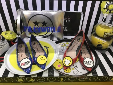 尖頭平底鞋 HK$1,095