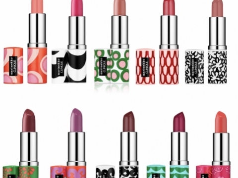 Marimekko for CLINIQUE Pop Lip Colour + Primer耀彩柔潤唇膏,共10色,塗唇膏亦可隨喜好心情互相配搭。各HK$170