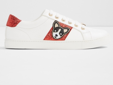 紅色小狗刺繡運動鞋 HK$899