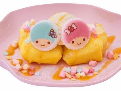 Little Twin Stars芒果班戟 (HK$58) 每塊班戟皮都是人手煎製,包裹著大塊芒果肉和忌廉,加上Kiki和Lala馬卡龍,圓滾滾造型可愛度爆燈。