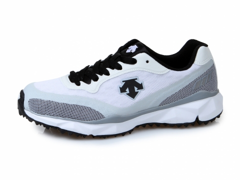 Descent Ultimates 波鞋 原價HK$1,360 折實價 HK$408