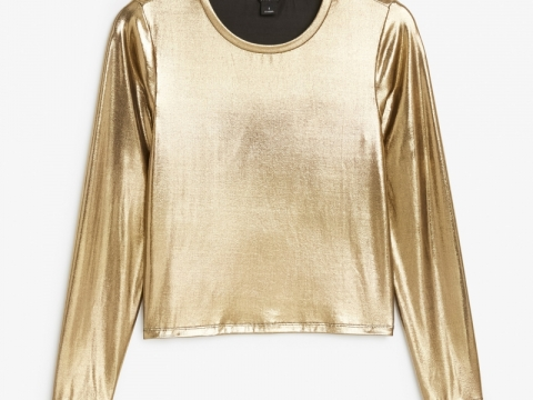 Gold colour top HK$120 (Monki)