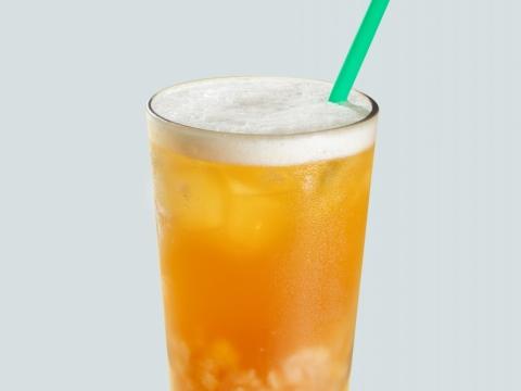 冰搖蜜桃啫喱綠茶精選薄荷香檸綠茶配搭香甜蜜桃汁,並加入蜜桃啫喱及白桃果粒豐富口感。售價(中: $39/ 大: $43 / 特大: $47)