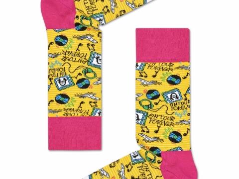 黃撞粉紅色Steve圖案襪子HK$110