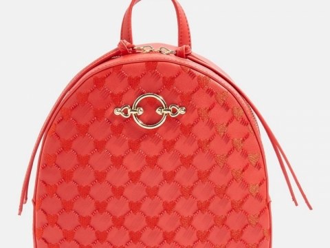 Sweetheart Beaded Backpack HK$166 (TOPSHOP)