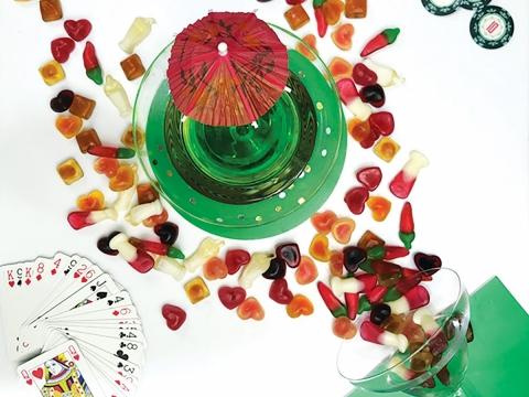 甜美的藝妓淑女芝芝(Grown Up Gigi Geisha)將辣味、雞尾酒及其他美食滋味融合到糖果之中,既刺激又過癮!「微醺小熊Prosecco Bears」、「勁辣能量Chilli Bang Bang」,各HK$48。
