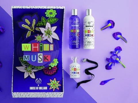 House of Holland節日限量版白麝香禮盒以紫色包裝設計,包括沐浴露、身體潤膚露、淡香水。HK$499(價值$637)