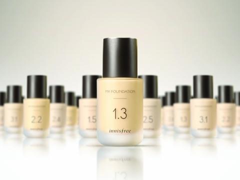 Innisfree My Foundation粉底液系列,根據個人肌膚保濕度、遮瑕度及色調,找到個人專屬絕配粉底。HK$195/30ml