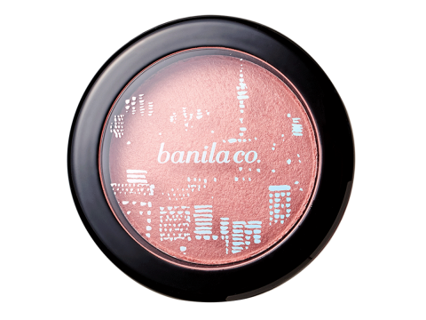 banila co. Holiday in Seoul Baked Single Blusher #Peach Macaron ($168),以人手烘焙製作,質地細膩、輕盈透薄。