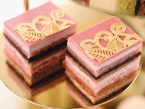 法國紅桑子歌劇院蛋糕