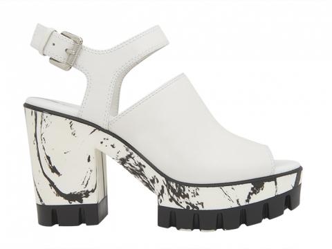 雲石紋魚咀粗踭涼鞋 $1,599