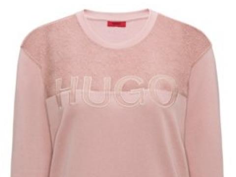 Signature Sweater with Lace Panel HK$1,290 (HUGO)