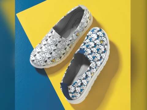 Monogram超輕底Slip -on Sneakers HK$1,290